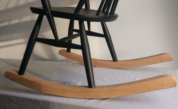 Ercol Goldsmith rocking chair close up